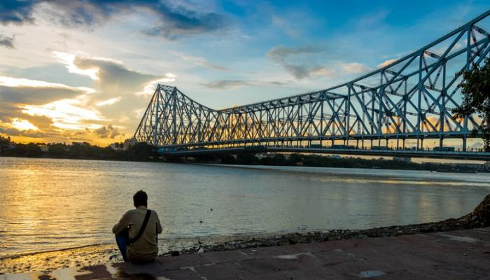 kolkata bridge